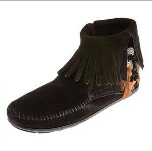 MINNIETONKA Moccasins 520 Concho Ankle Bootie